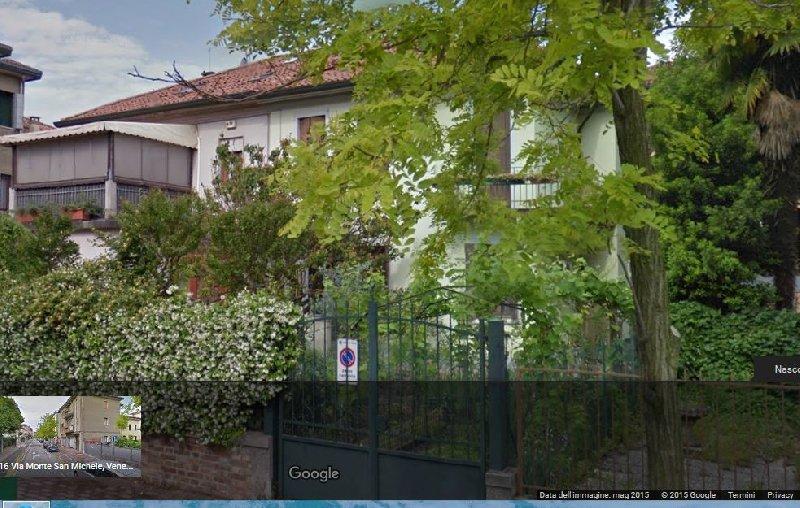 Appartamenti in vendita affitto a i migliori immobili a for Piani di casa artigiano con garage di ingresso laterale