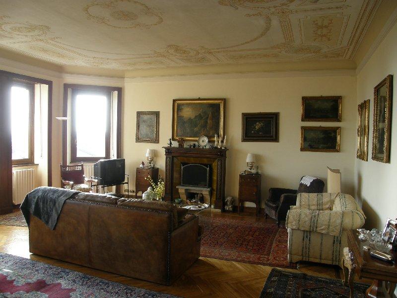 Appartamento in vendita a Pollone, 6 locali, prezzo € 380.000 | CambioCasa.it