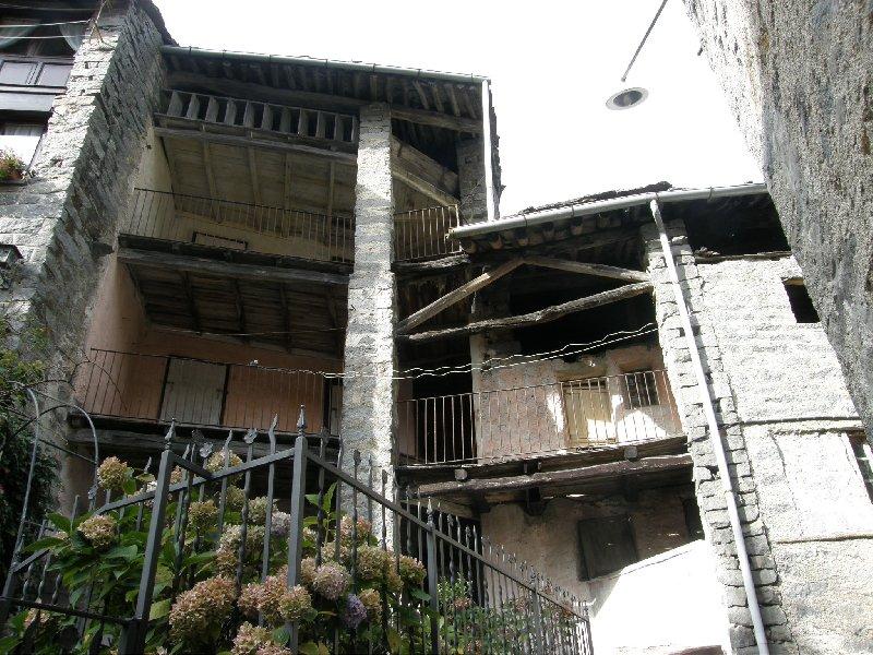 Soluzione Semindipendente in vendita a Rosazza, 8 locali, prezzo € 28.000 | Cambio Casa.it
