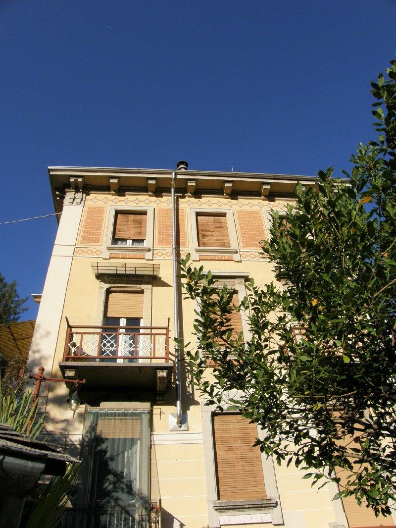 Soluzione Semindipendente in vendita a Valle Mosso, 8 locali, Trattative riservate | Cambio Casa.it