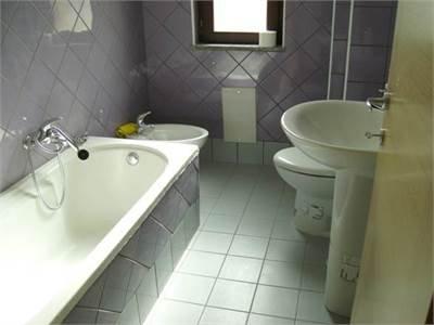 Appartamento in vendita a Cimitile, 3 locali, prezzo € 138.000 | Cambio Casa.it