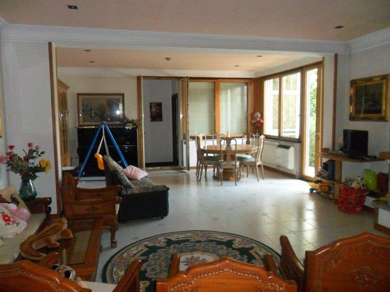 Villa in vendita a Comiziano, 5 locali, prezzo € 400.000 | Cambio Casa.it