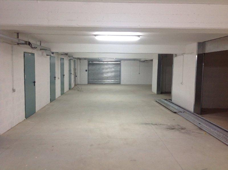 Immobile Commerciale in vendita a Nola, 1 locali, Trattative riservate | Cambio Casa.it