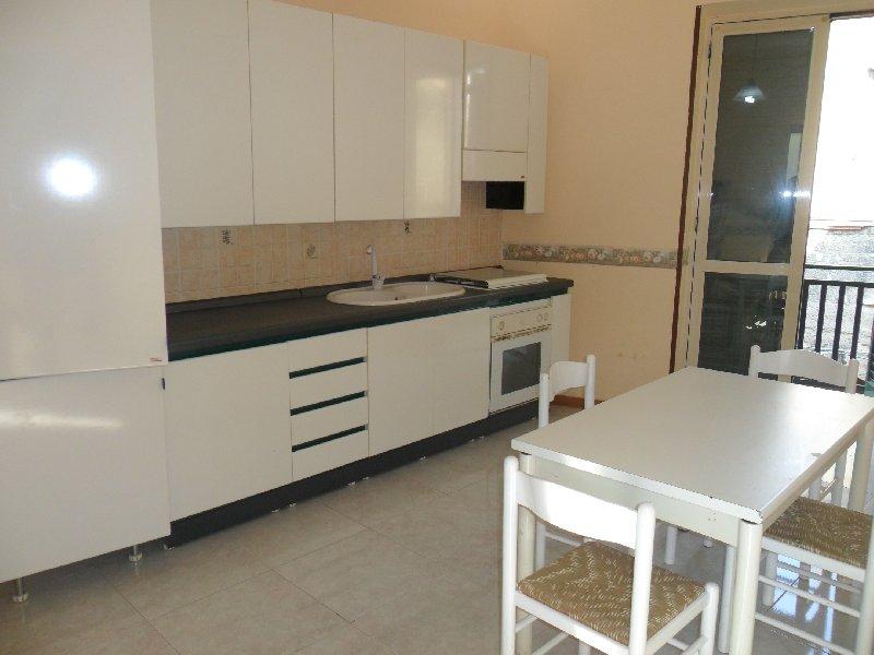 Appartamento in affitto a Camposano, 3 locali, prezzo € 320 | Cambio Casa.it