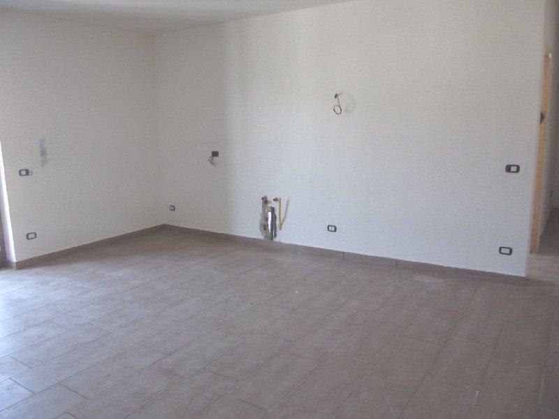 Appartamento in affitto a Camposano, 3 locali, prezzo € 350 | Cambio Casa.it