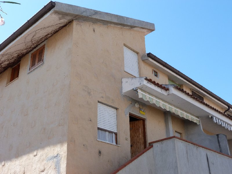 Appartamento in vendita a Cosenza, 3 locali, prezzo € 54.000 | Cambio Casa.it