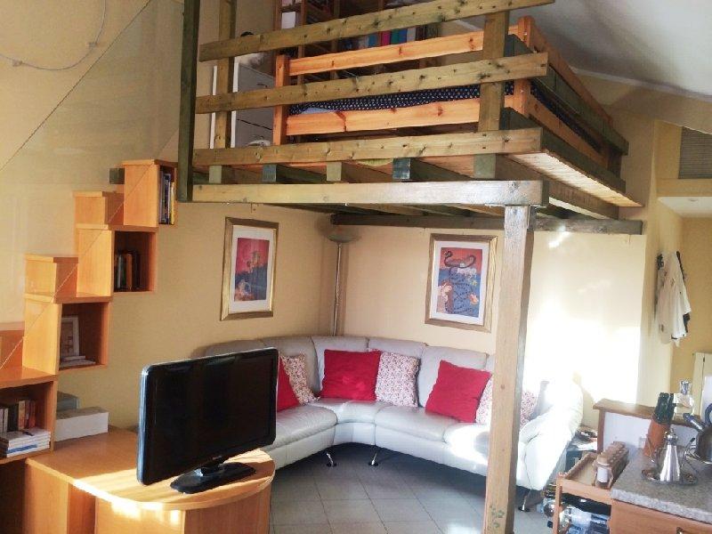 Appartamento a locate di triulzi mi cerco case - Cucina con soppalco ...