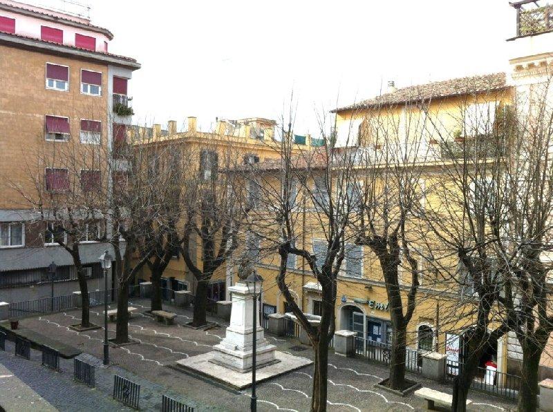 Bilocale Frascati Via Garibaldi 1