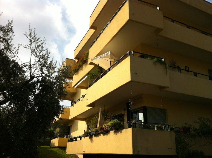 Bilocale Salò Via Nazario Sauro 11