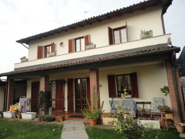 Villa, Travaco' Siccomario, abitabile