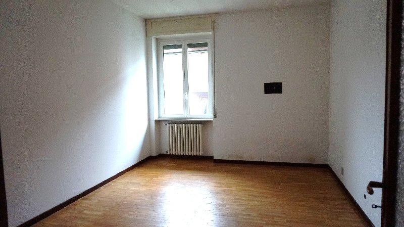 Appartamento in affitto a Pavia, 2 locali, zona Zona: S. Pietro - V.le Cremona, prezzo € 400 | Cambiocasa.it