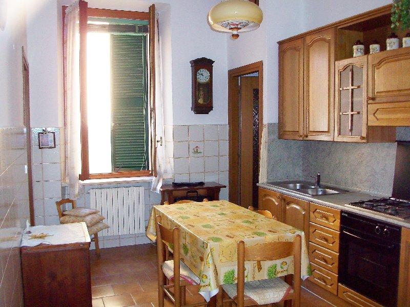 Appartamento in vendita a Pavia, 2 locali, zona Zona: S. Pietro - V.le Cremona, prezzo € 100.000 | Cambiocasa.it