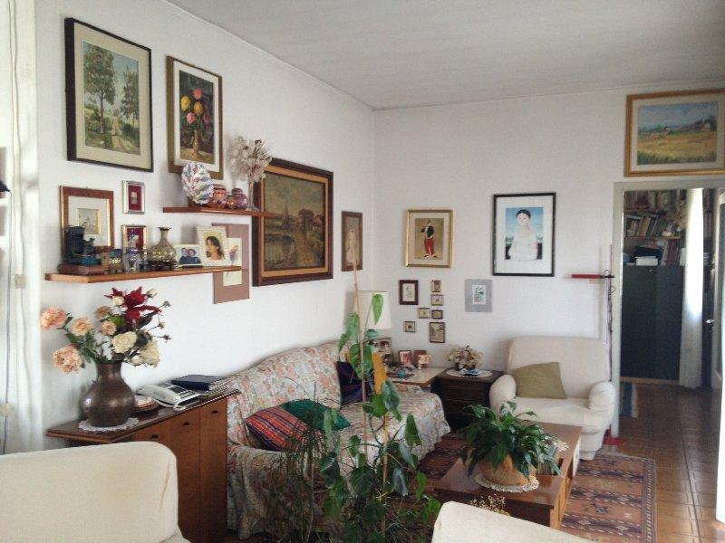 Soluzione Indipendente in vendita a Pavia, 6 locali, zona Zona: S. Pietro - V.le Cremona, prezzo € 175.000 | Cambiocasa.it