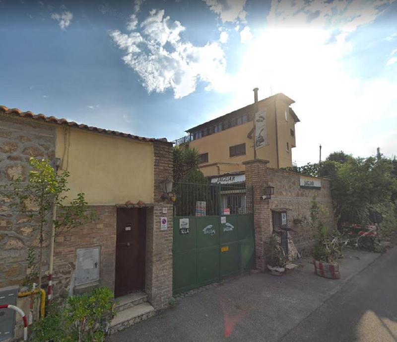 Deposito/magazzino in Vendita a Roma