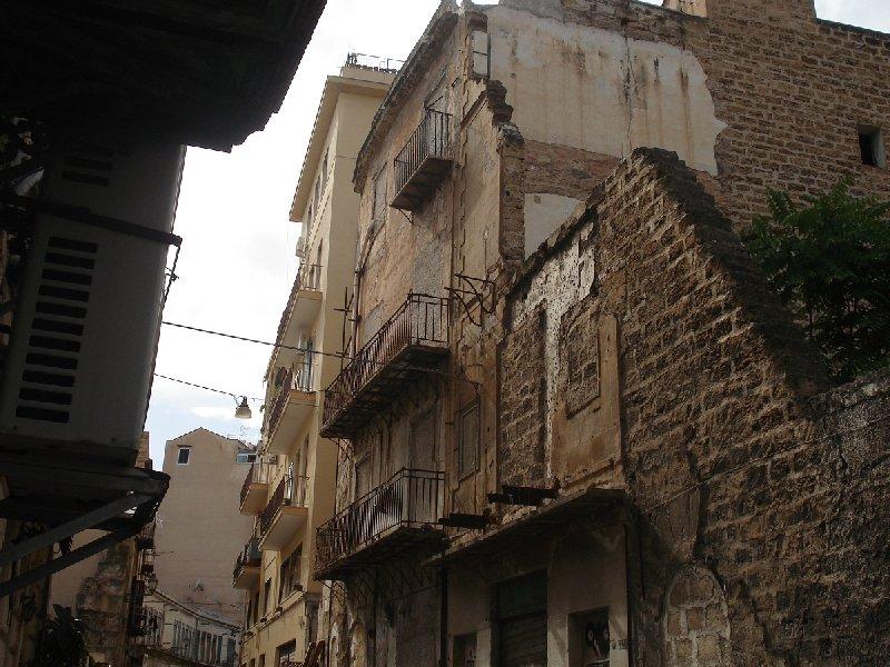 Palazzo / Stabile in vendita a Palermo, 14 locali, prezzo € 300.000 | Cambio Casa.it