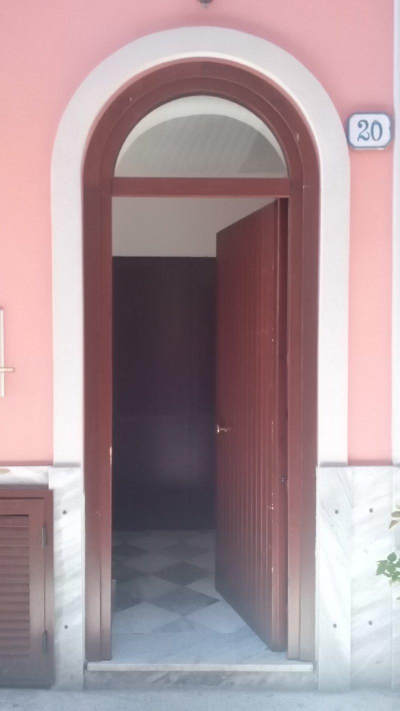 Appartamento in affitto a Palermo, 2 locali, zona Zona: Politeama, prezzo € 300 | CambioCasa.it