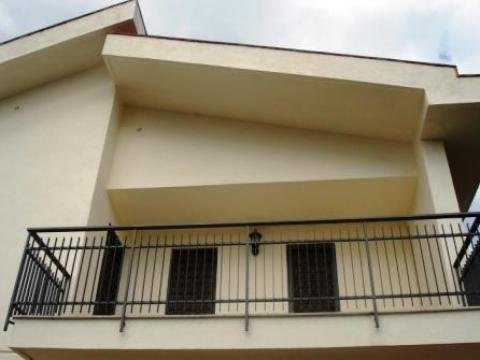 Villa vendita PALERMO (PA) - 7 LOCALI - 170 MQ