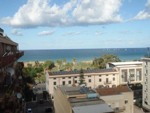 Appartamento affitto Palermo (PA) - 5 LOCALI - 140 MQ