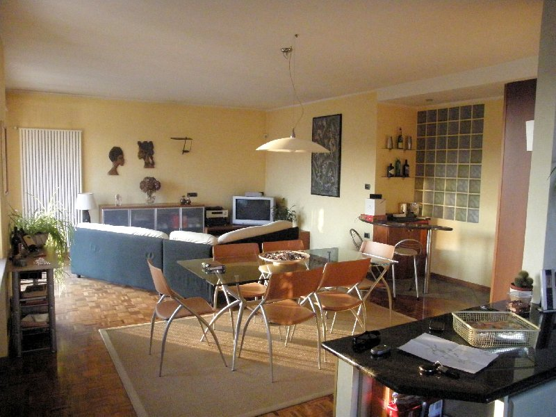 Soluzione Indipendente in vendita a Biella, 10 locali, zona Zona: Periferia, prezzo € 280.000 | Cambio Casa.it