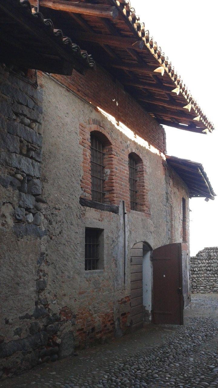 Immobile Commerciale in affitto a Candelo, 3 locali, Trattative riservate | Cambio Casa.it