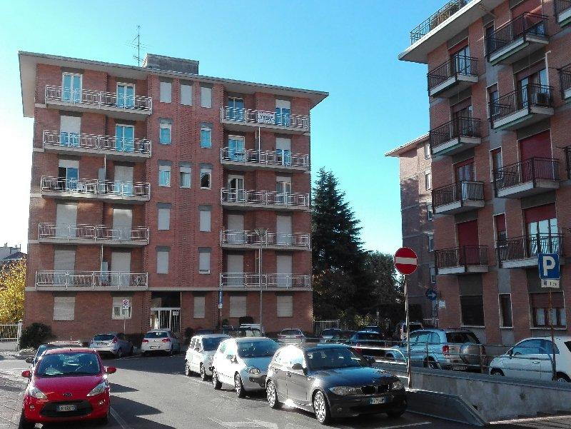 Appartamento, via perotti, Vendita - Biella