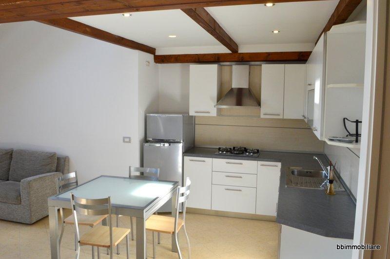 Appartamento in affitto a Biella, 2 locali, prezzo € 450 | CambioCasa.it