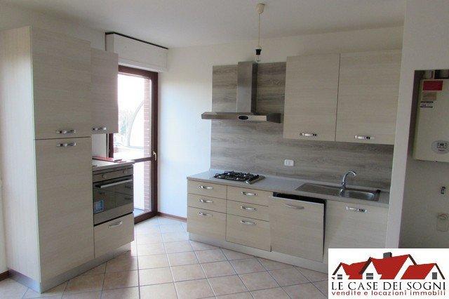 Appartamento in affitto a Pontedera, 2 locali, prezzo € 500   Cambio Casa.it