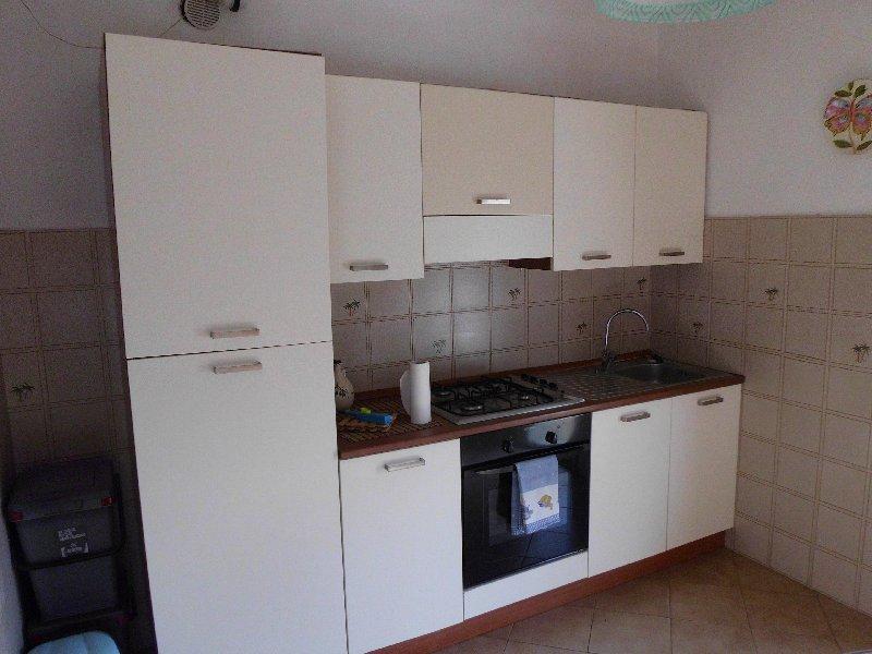 Appartamento in affitto a Calcinaia, 5 locali, zona Zona: Fornacette, prezzo € 650 | Cambio Casa.it