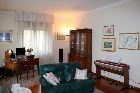 villa unifamiliare indipendente vendita fermo di metri quadrati 330 prezzo 350000 rif 00046 12