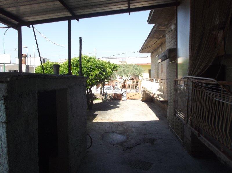 Soluzione Semindipendente in affitto a Camposano, 3 locali, prezzo € 350 | Cambio Casa.it