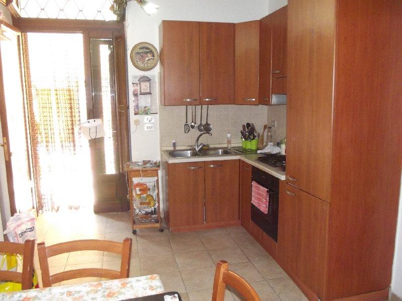 Soluzione Semindipendente in vendita a San Paolo Bel Sito, 4 locali, prezzo € 110.000 | Cambio Casa.it