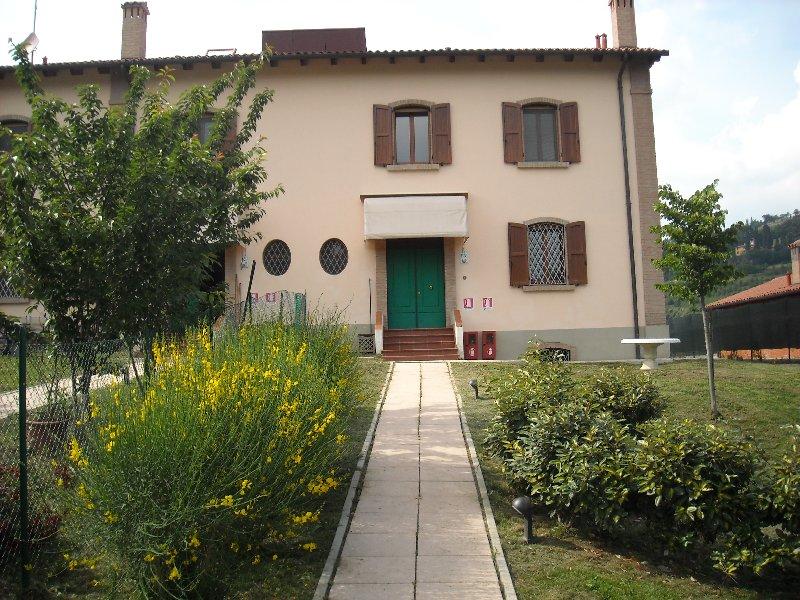 Villetta Trifamiliare in affitto a Bologna (BO)
