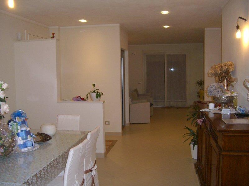 Villa in vendita a Pontedera, 14 locali, prezzo € 790.000 | Cambio Casa.it
