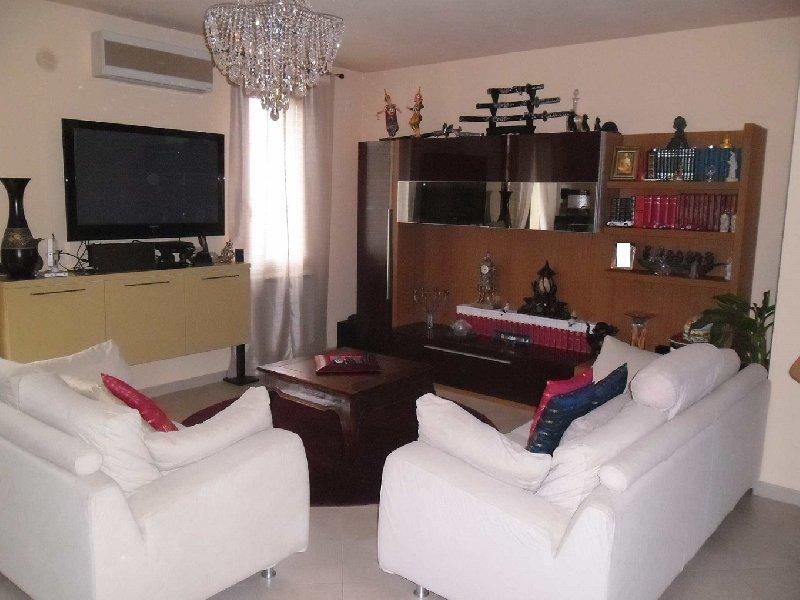 Villa a Schiera in vendita a Ponsacco, 6 locali, prezzo € 310.000   Cambio Casa.it
