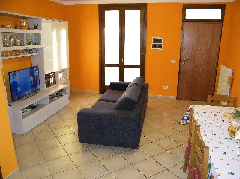 Appartamento in vendita a Pontedera, 4 locali, prezzo € 199.000 | Cambio Casa.it
