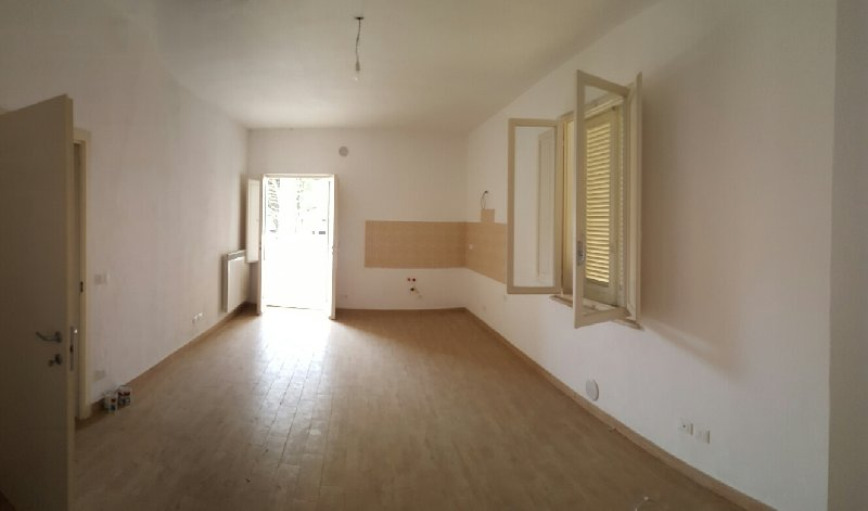 Appartamento in vendita a Ponsacco, 3 locali, prezzo € 125.000 | Cambio Casa.it