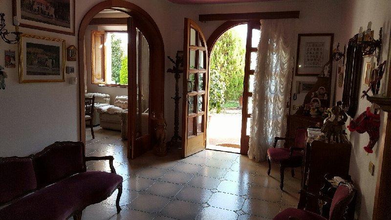 Villa in vendita a Santa Maria a Monte, 10 locali, prezzo € 600.000 | Cambio Casa.it