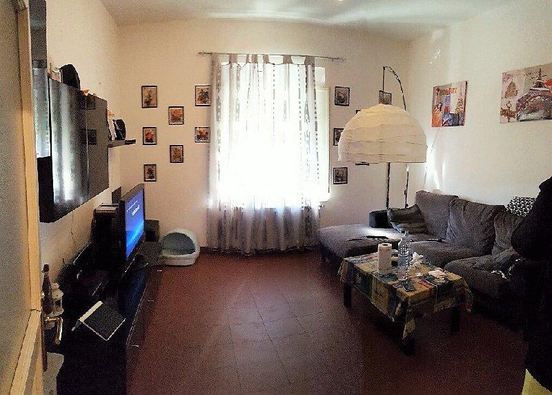 Appartamento in vendita a Pontedera, 4 locali, prezzo € 149.000 | Cambio Casa.it