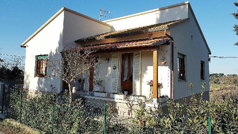 Villa in vendita a Capannoli, 7 locali, zona Zona: San Pietro Belvedere, prezzo € 207.000 | Cambio Casa.it