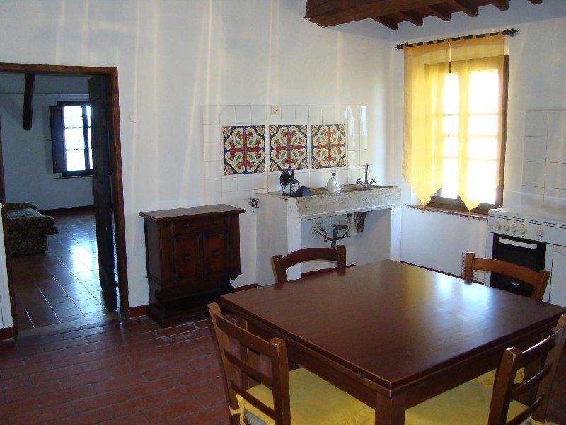 Appartamento in affitto a Cascina, 3 locali, prezzo € 500   Cambio Casa.it