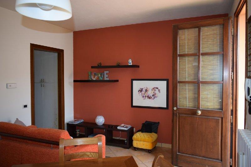 Appartamento in affitto a Pontedera, 2 locali, prezzo € 380 | Cambio Casa.it