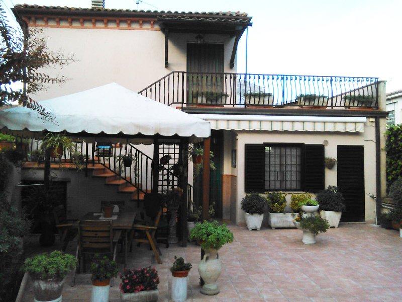 Soluzione Indipendente in vendita a Deruta, 6 locali, prezzo € 115.000 | Cambio Casa.it