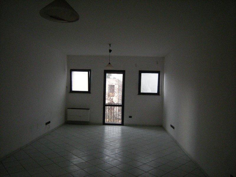 Appartamento in affitto a Deruta, 3 locali, zona Zona: San Nicolò di Celle, prezzo € 400 | Cambio Casa.it