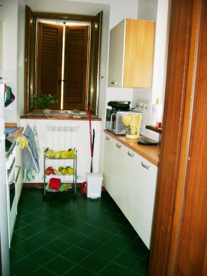 Appartamento in affitto a Deruta, 5 locali, prezzo € 450 | Cambio Casa.it