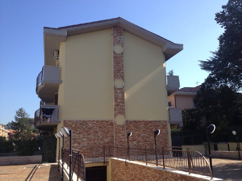 Appartamento in affitto a Grottaferrata, 2 locali, prezzo € 680 | Cambio Casa.it