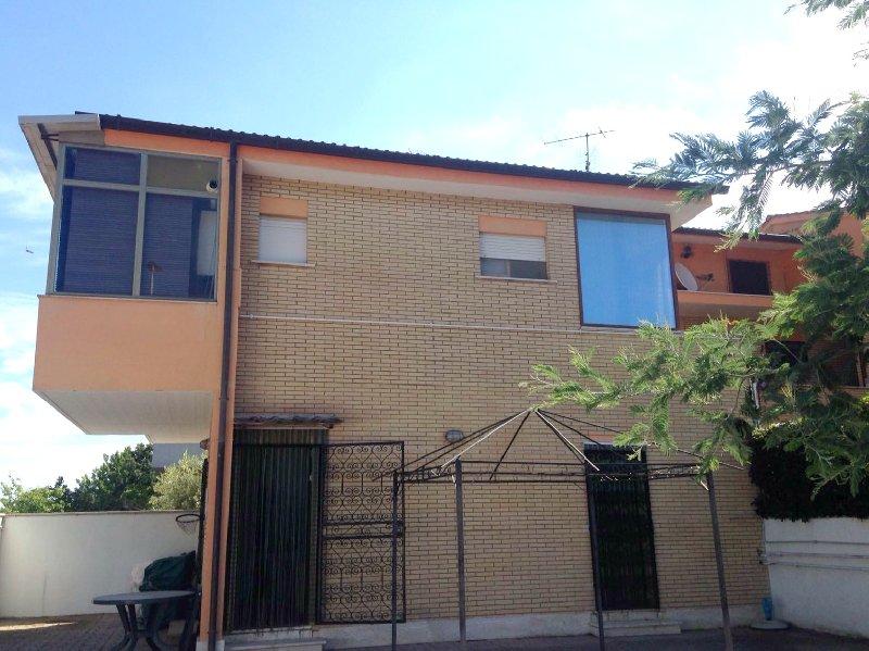 Bilocale Pomezia Via Dora Riparia 86 7