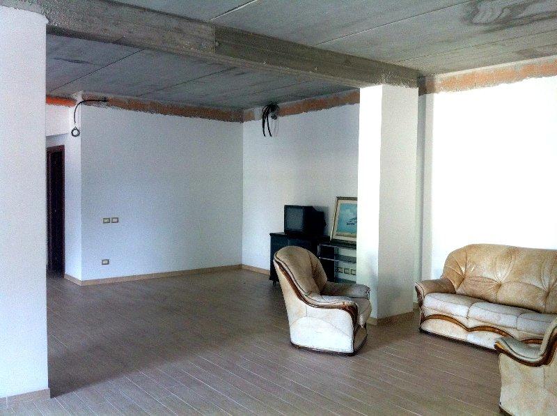 Ufficio / Studio in Affitto a Marino