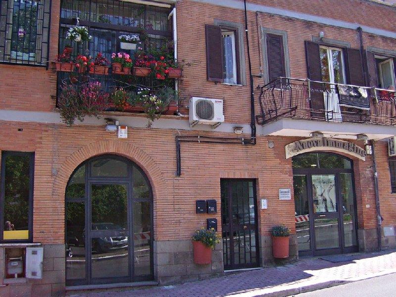 Immobile Commerciale in affitto a Marino, 1 locali, zona Zona: Marino Centro, prezzo € 690 | Cambio Casa.it