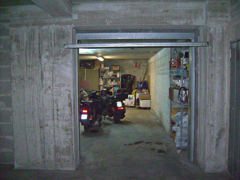 Box / Garage in vendita a Velletri, 1 locali, prezzo € 27.000 | Cambio Casa.it