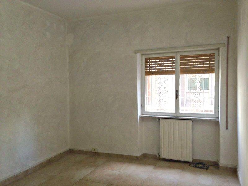 Ufficio / Studio in affitto a Marino, 4 locali, zona Zona: Marino Centro, prezzo € 700 | Cambio Casa.it